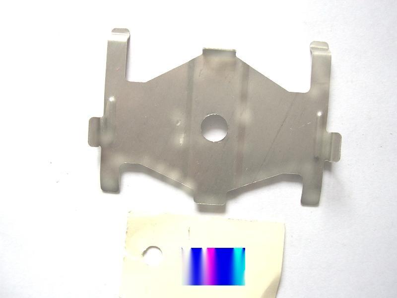 供应多种汽车刹车片卡簧 卡扣 不锈钢冲压件 异形件