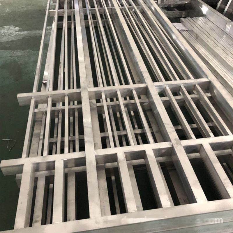 广东热转印木纹铝窗花 铝方管焊接窗花专业定制厂家