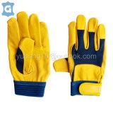 黄色牛头层皮革透气网格布工作防护手套,舒适贴合