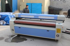 迈创1810布料皮革激光切割机