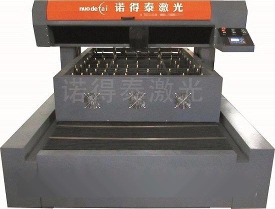 包裝廠專用的刀模木板鐳射切割機