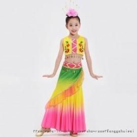 潮款儿童演出表演民族服装