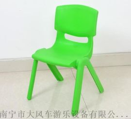 广西南宁幼儿园课桌椅 南宁幼儿实木玩具柜