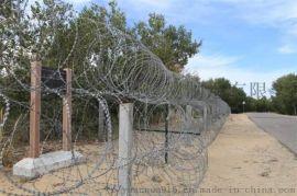边境线高锌蛇腹型滚筒刀片铁丝网