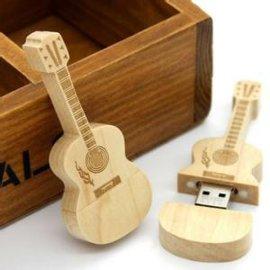 厂家批发木头u盘4GB,小提琴u盘4GB,礼品u盘4GB