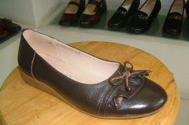 休闲女装皮鞋(35-40)
