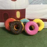 商場玻璃鋼甜甜圈雕塑造型模擬食物雕塑成吸睛創新亮點