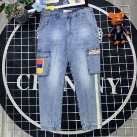 广州站西潮牌牛仔裤,男装折扣品牌批发实体店拿货货源