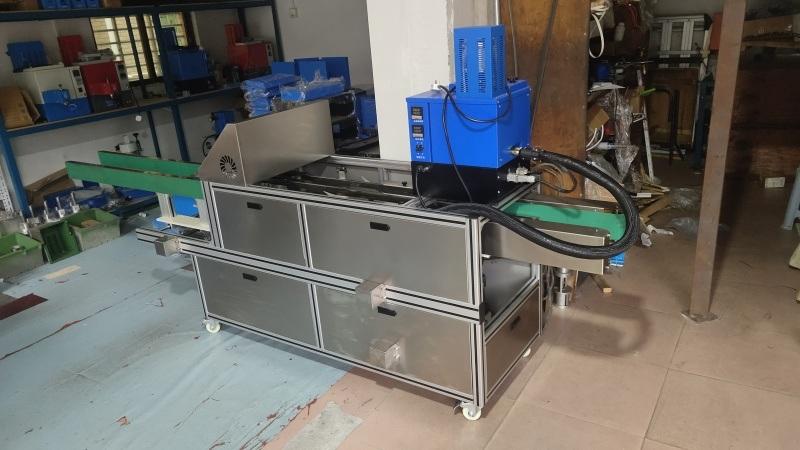 全自动纸盒热熔胶封盒机 热熔胶封箱封盒机