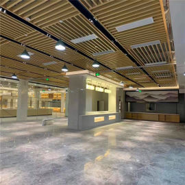 体验中心外墙铝格栅型材 展示厅外墙木纹铝方管厂家
