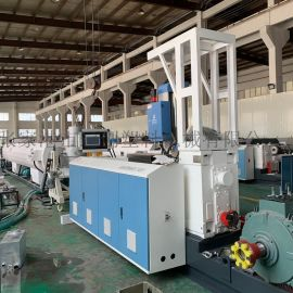 塑料管材生产线,PE管材生产线
