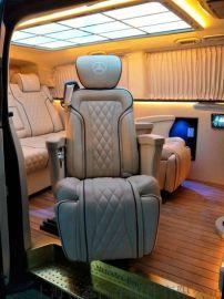 上海商务车改装柚木地板航空座椅星空顶