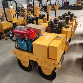 山东岳工小型双轮座驾式压路机 全液压座驾压路机厂家