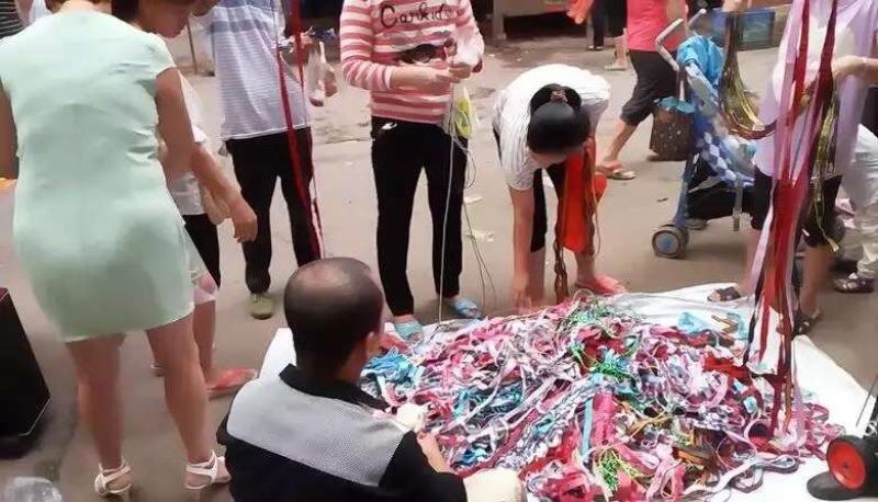 中老年人松紧带腰带江湖产品赶集庙会地摊5元2根模式供货商