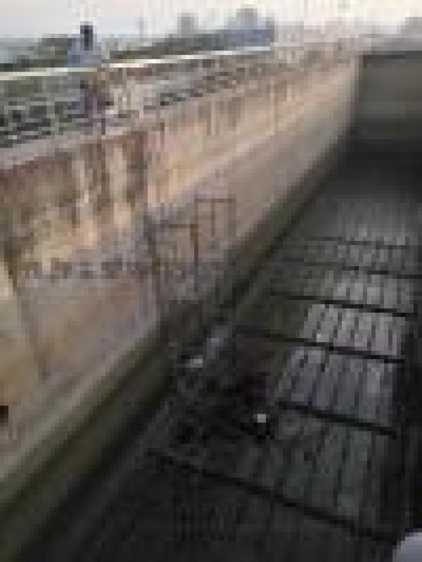 水池伸缩缝堵漏、水池沉降缝漏水堵漏