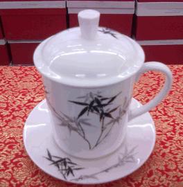 瓷器杯子批发促销价定制陶瓷办公杯茶杯量身定做骨瓷礼品杯子