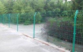 许昌围栏网厂家、许昌圈地围栏网、许昌车间隔离网博才网业安装销售一条龙服务