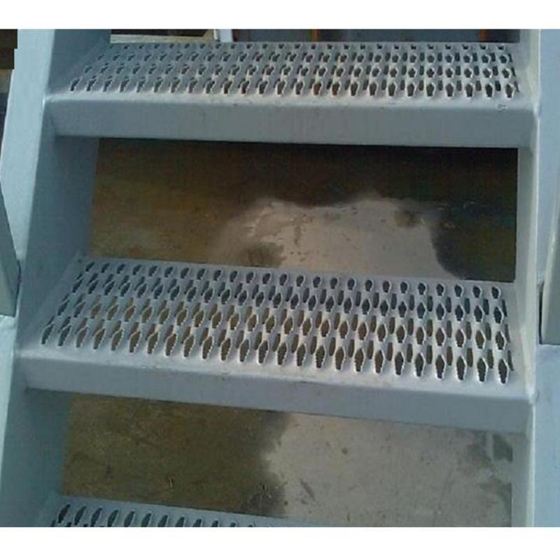 工业平台防滑板 3mm鳄鱼嘴踏步 防滑楼梯脚踏板