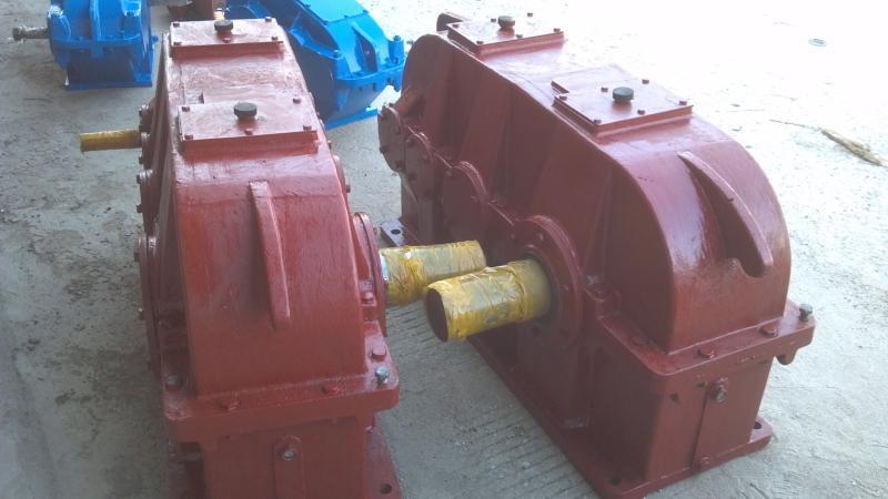 江西起重机减速机QJR-D450齿轮减速器及齿轴配件
