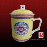 景德鎮水杯定做,陶瓷杯子定製,商務禮品杯套裝