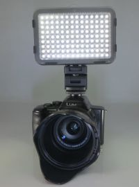 LED摄影灯 (AL-160)