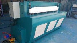 1.3米小型电动剪板机价格,1.3米电动剪板机价格