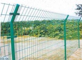 护栏网专业报价 厂家直销双边丝围栏网、农用围墙网、**的围栏网
