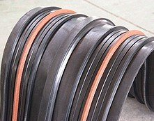 遇水膨胀止水带和橡胶止水带的工艺区别是什么