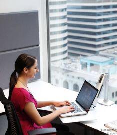 爱格升WorkFit-P坐站两用工作站专为Apple苹果笔记本电脑支架24-408-227