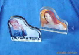 相框、亚克力相框相架,树脂相框,透明 双色钢琴形状相框 5+5MM