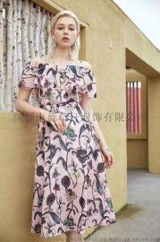 2019新款时尚一字肩印花连衣裙 收腰显瘦印花裙