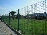 小区护栏网,锌钢围墙护栏网,圈地护栏网厂家