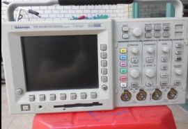 高价回收/TDS3034B 数字荧光示波器/出售TDS3034B