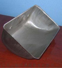 塑料畚斗多种型号 使用寿命高于钢质畚斗