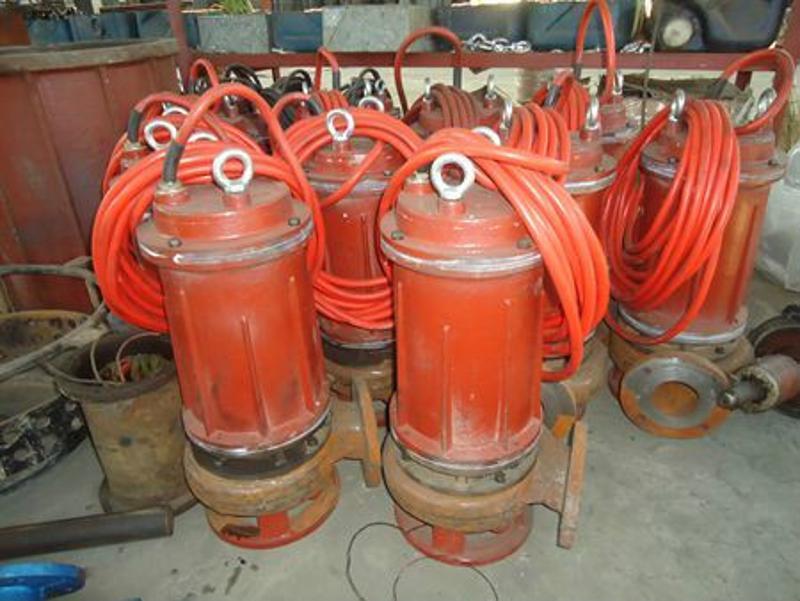 江淮小型耐高温耐磨潜水渣浆泵 耐高温泥浆泵
