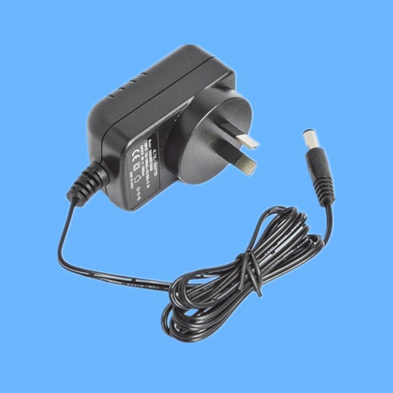 澳规12V1A插墙式开关电源 LED照明系统电源