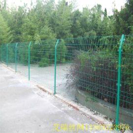 铁丝护栏网、 圈山防护网、公园广场围栏网