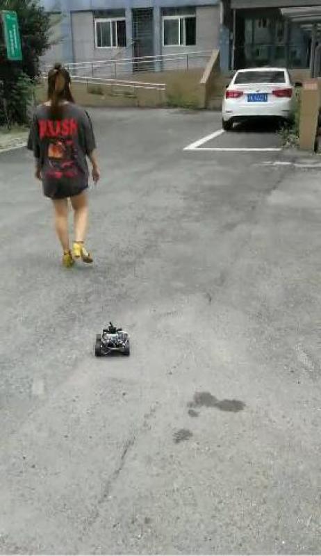 嵌入式工控机定制开发 跟随车支持语音播报和声控功能 防跌落 防碰撞 GPS定位