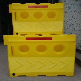滚塑水马批发厂家 塑料交通水马价格 注水隔离水马