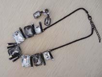 水晶玻璃套链合金项链