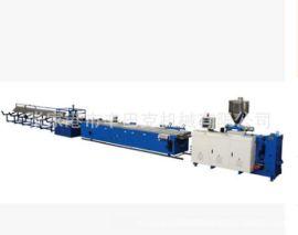 PE木塑户外地板挤出生产线/生产设备塑料PE PP PVC木塑板材生产线