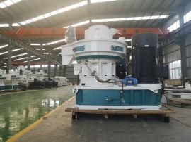 山东滨州颗粒机生产厂家 3吨木屑颗粒机价格