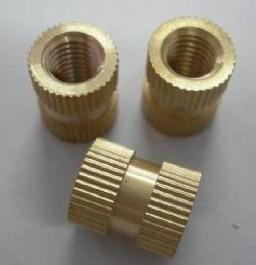 注塑铜螺母