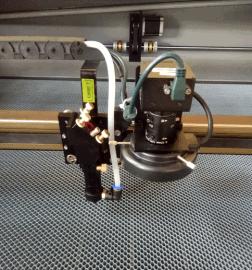 摄像商标切割机