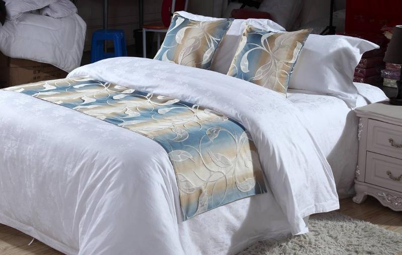 厂家直销 酒店宾馆 床尾巾批发 高精密渐变色阳离子面料床旗