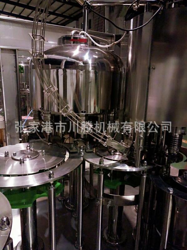 厂家直销/三合一灌装机/矿泉水灌装机/饮料灌装机