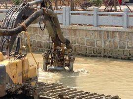 挖机操纵液压河道清淤泵、泥浆泵