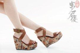 女式真皮凉鞋(AS12048L)