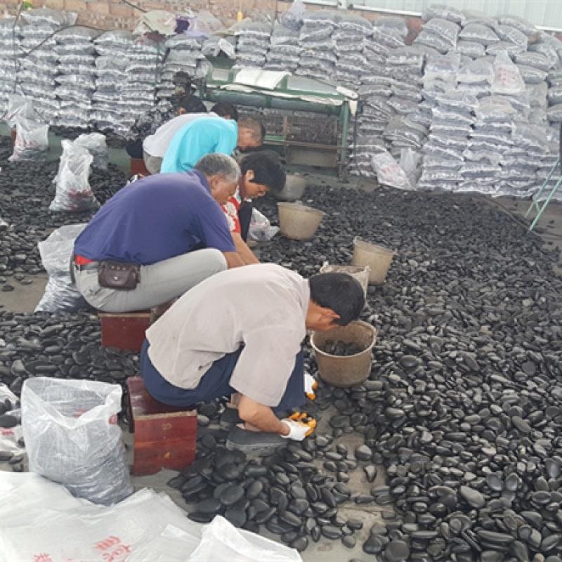 贵州哪里有鹅卵石生产厂家_贵州鹅卵石产地_渝荣顺!