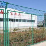 浸塑绿色铁丝网/铁路园林防护栏